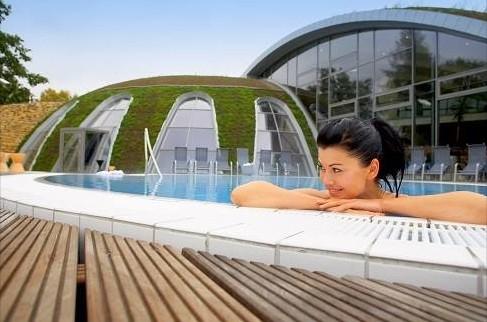 wir verlosen wellness gutscheine zum verw hnen geniessen baden gesund abnehmen 50kg mit. Black Bedroom Furniture Sets. Home Design Ideas